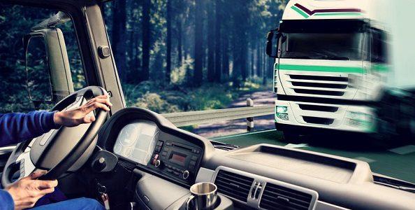 kokpit ciężarówki