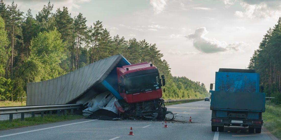 Wypadek w pracy, wypadek kierowcy – podstawowe informacje dla pracodawcy