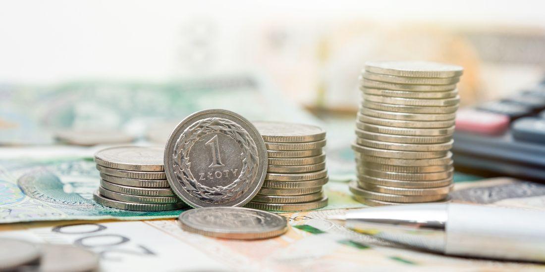 polska płaca minimalna 2022